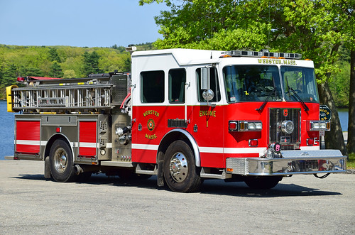 tri state show webster ma fire truck sutphen engine