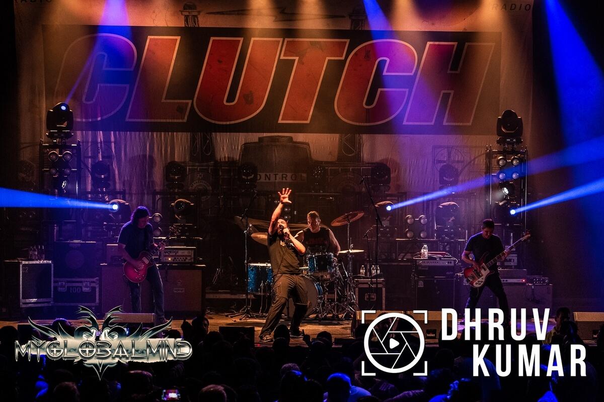 Clutch-8