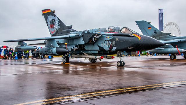 Tiger Tornado (right side)