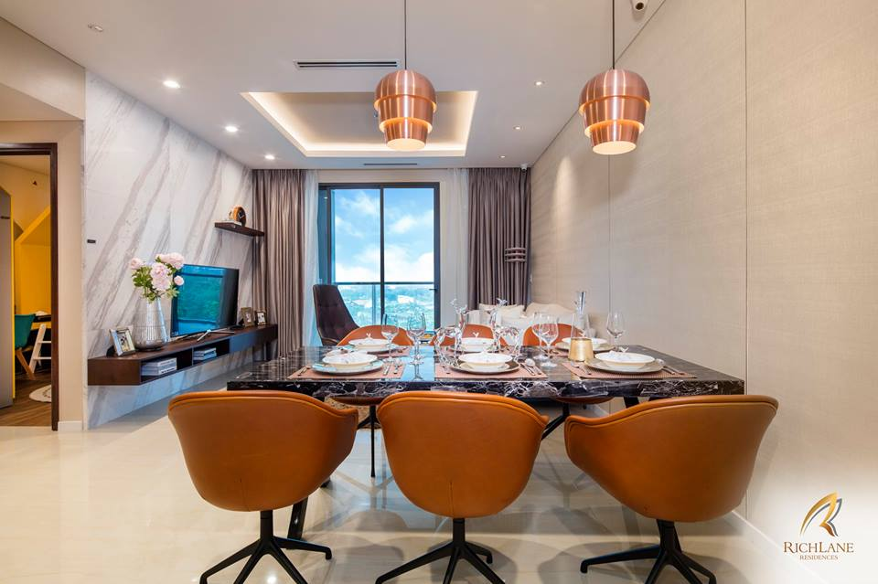 Nhà mẫu căn hộ RichLane Residences quận 7 - phòng khách.