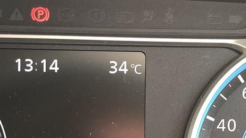 日産リーフ 外気温計