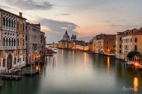 venice venezia italia italy populardestinations canalgrande dawn morningmood longexposure nikon travelphotography marchaegemanphotography leefilters sunrise morning