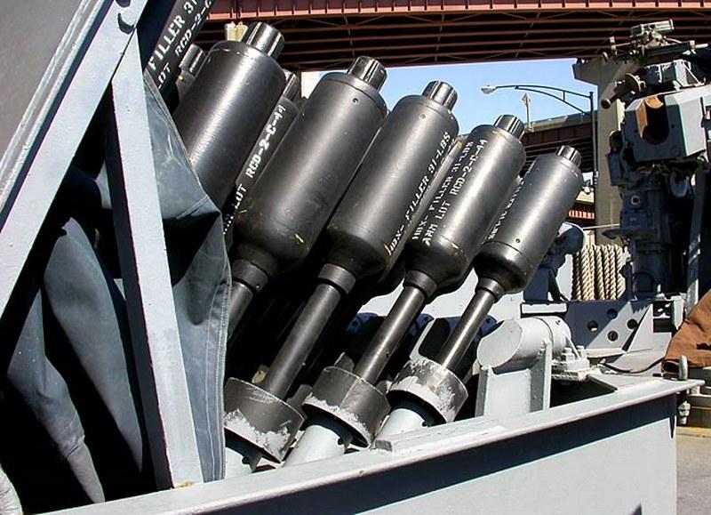 USS斯莱特DE-766驱逐舰的护送00009