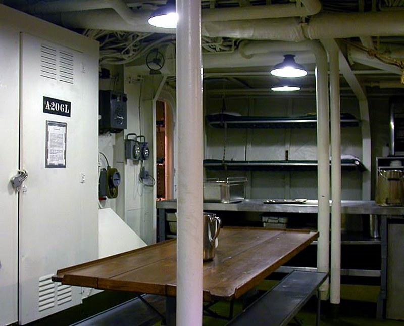 USS斯莱特DE-766驱逐舰的护送00008