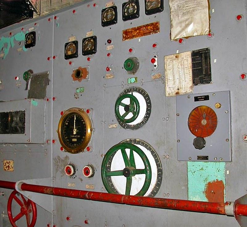 USS斯莱特DE-766驱逐舰的护送00003