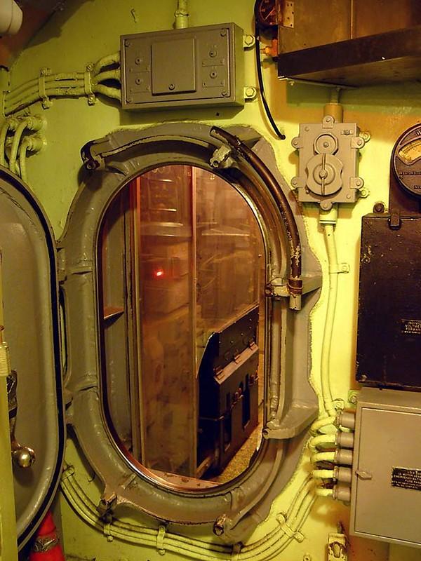 USS Lionfish SS-298 00004