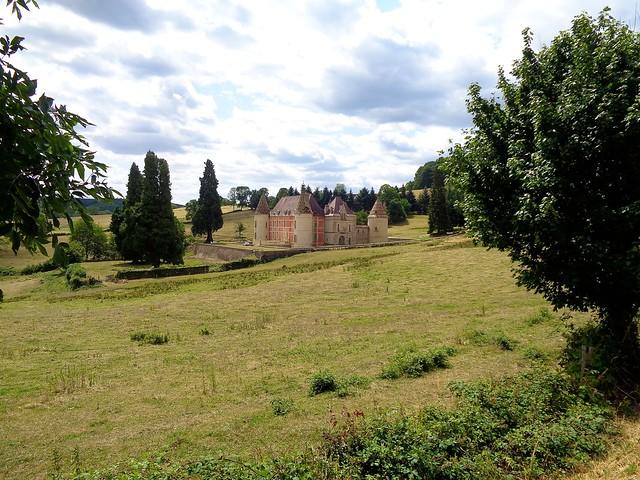 Château de Ménessaire / Côte-d'Or morvandelle