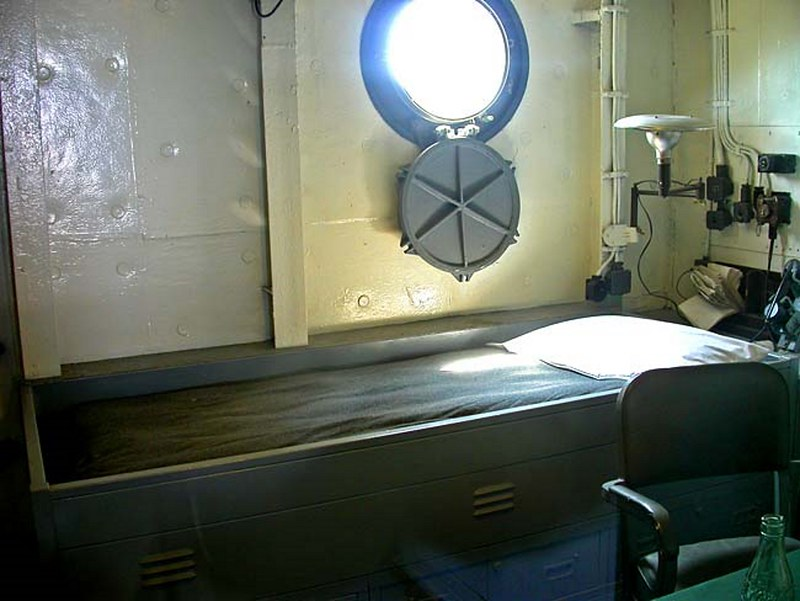 USS Massachusetts BB-59 00002
