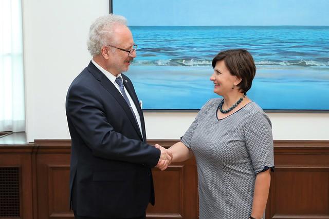 Valsts prezidenta Egila Levita tikšanās ar veselības ministri Ilzi Viņķeli