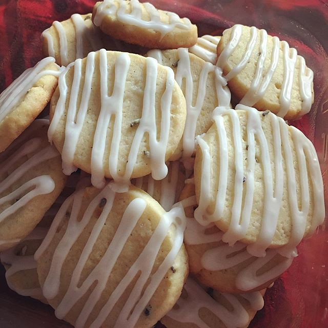 Lemon lavender cookies. 💛💜💛💜💛💜💛💜 #baking #cookies #lemonlavender #lemonlavendercookies #lemoncookies #lavenderrecipes #lemonrecipes
