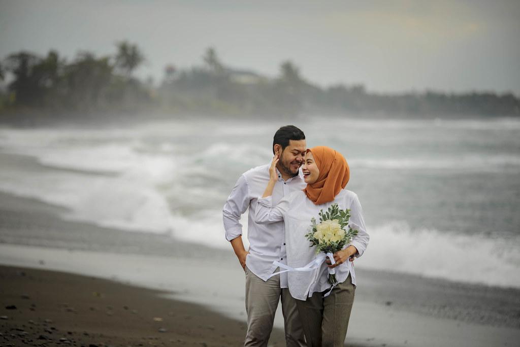 Paket Foto Prewedding Bali Murah Free Dress Dengan Gaun Bridal Makeup Natural Surabaya