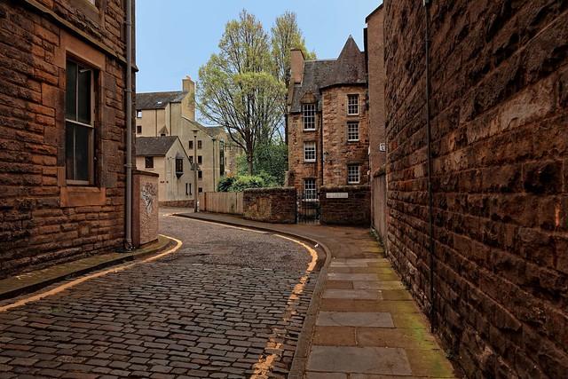 Edinburgh / New Skinner's Close