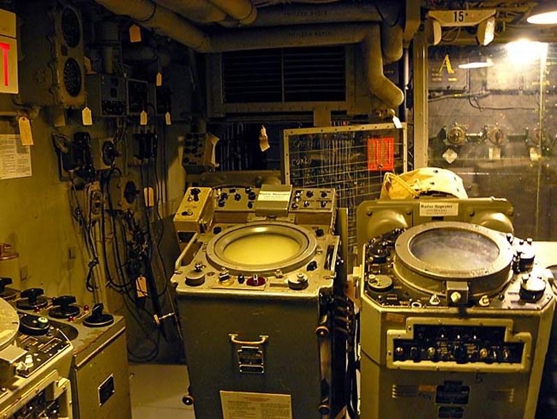 USS Salem 00002