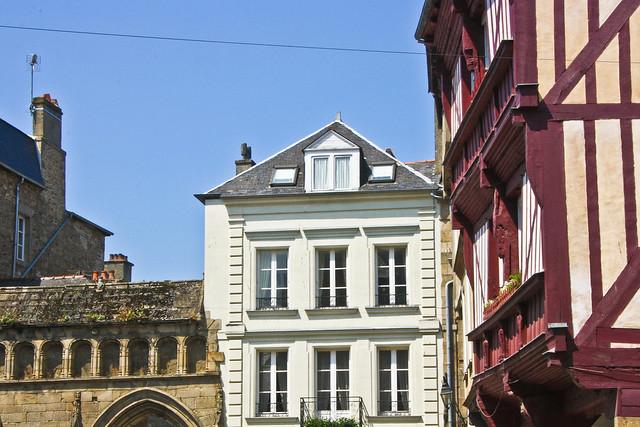 Immeuble place St Sauveur