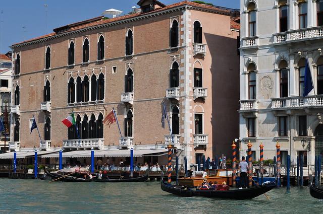 L'animation du Grand Canal, Canal Grande, Venise, Vénétie, Italie.