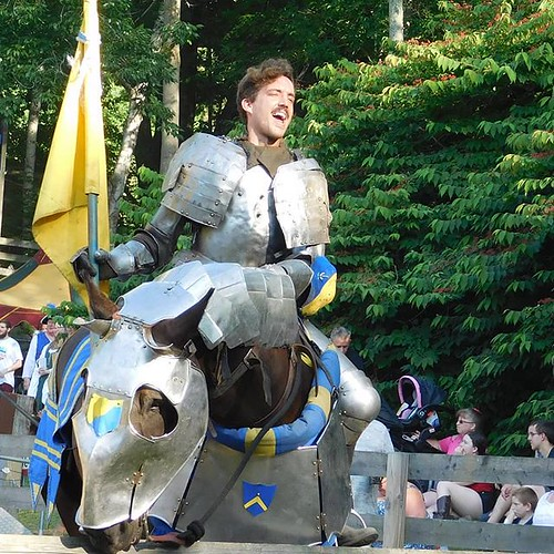 Our knight engages in pre-joust braggadocio. Alas, he did not win the day. #sterlingrenaissancefestival