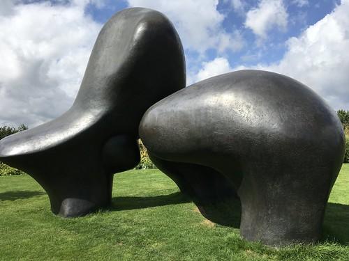 Henry Moore - Sheep Piece - 1