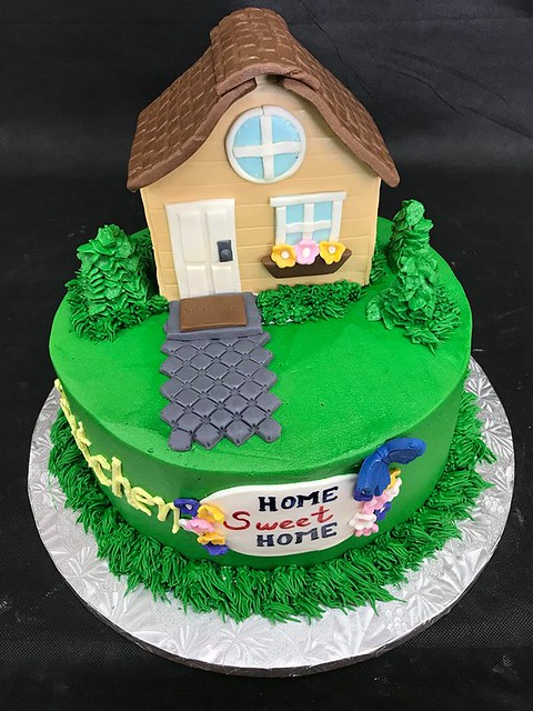 Cake by Gourmet Desserts