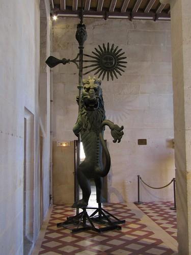 Monduit art collection in Pierrefonds Castle