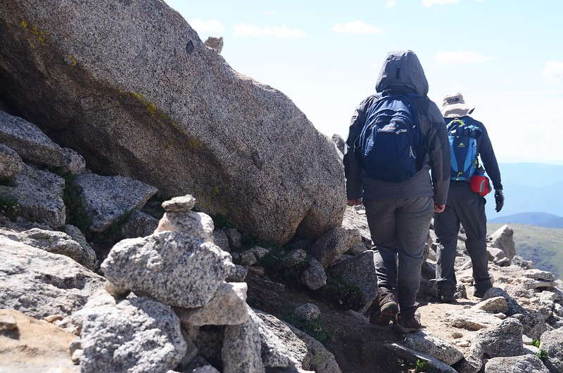 The final part of the trail travels along the south slope of Mount Evans' west ridge (4)