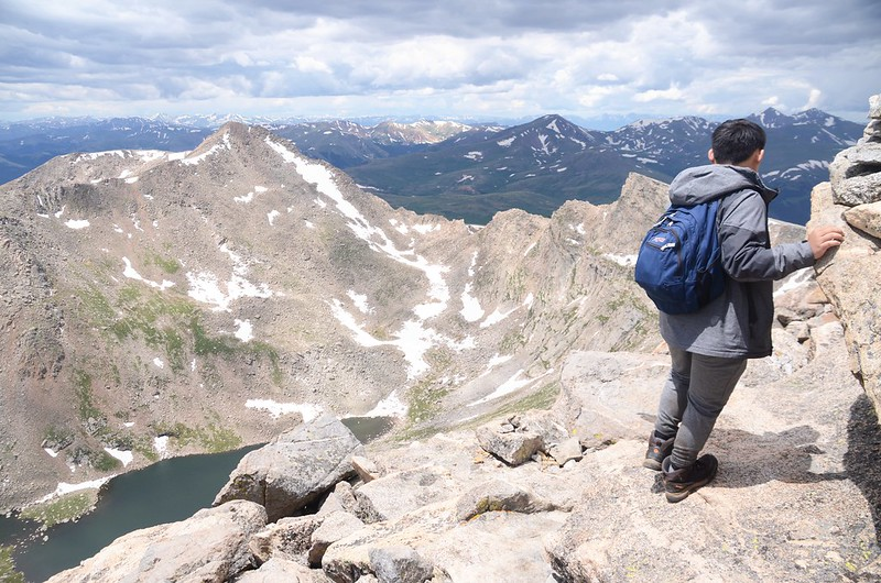 The final part of the trail travels along the south slope of Mount Evans' west ridge (18)