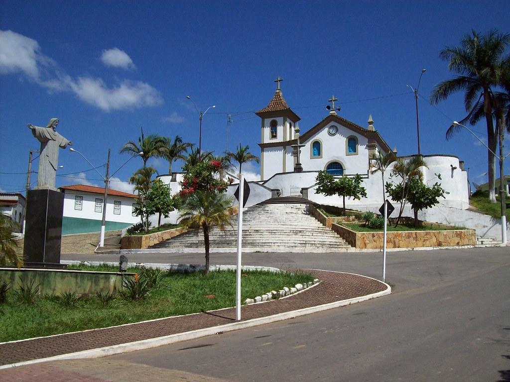 Igreja Matriz de Nossa Senhora da Glória - Caranaíba (MG)