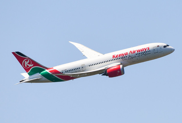 Boeing 787-8 Dreamliner Kenya Airways 5Y-KZE