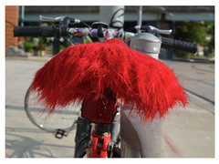 red mop bike seat