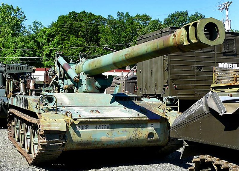 M110A1 8 Inch Self Propelled Howitzer 1
