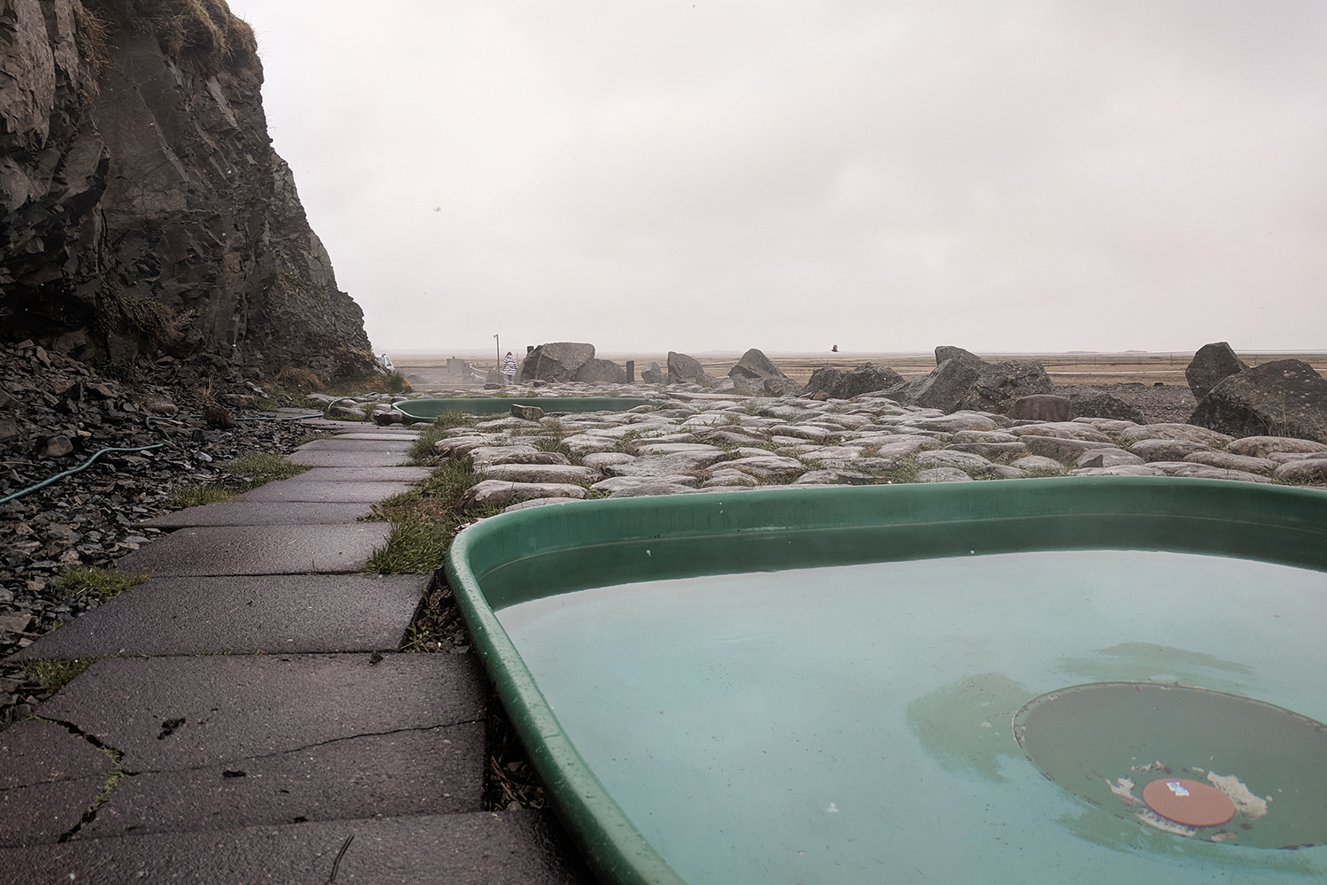 13iceland-hoffell-hotspring-geothermal-tub-travel
