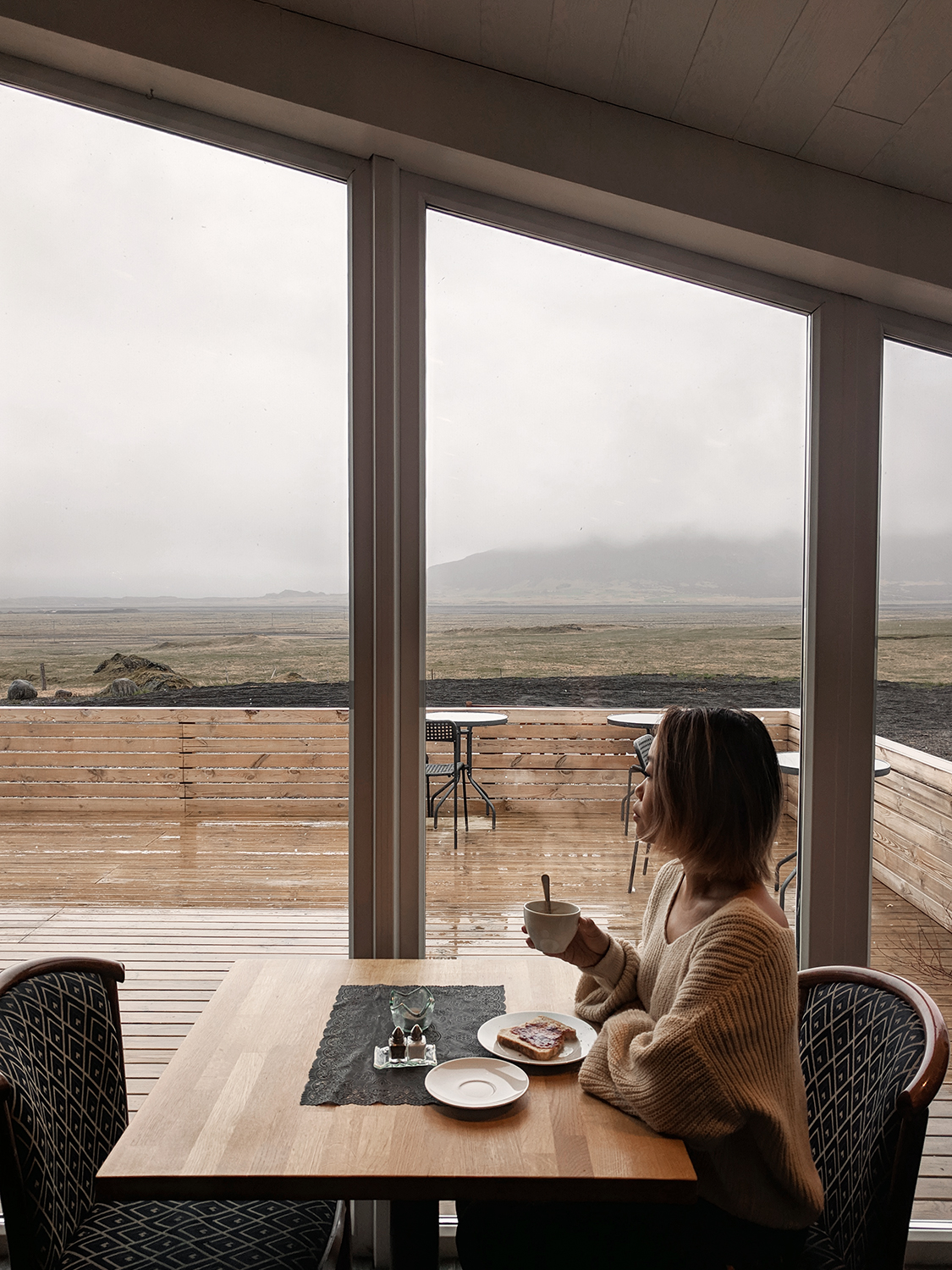 09iceland-hoffell-glacierworld-guesthouse-travel-style