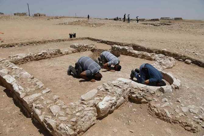 5268 1300 years old mosque discovered in Israel 01