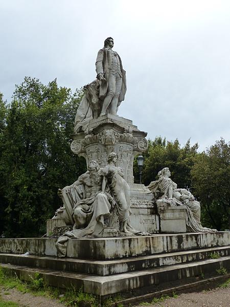 grande statue jardins Borghese
