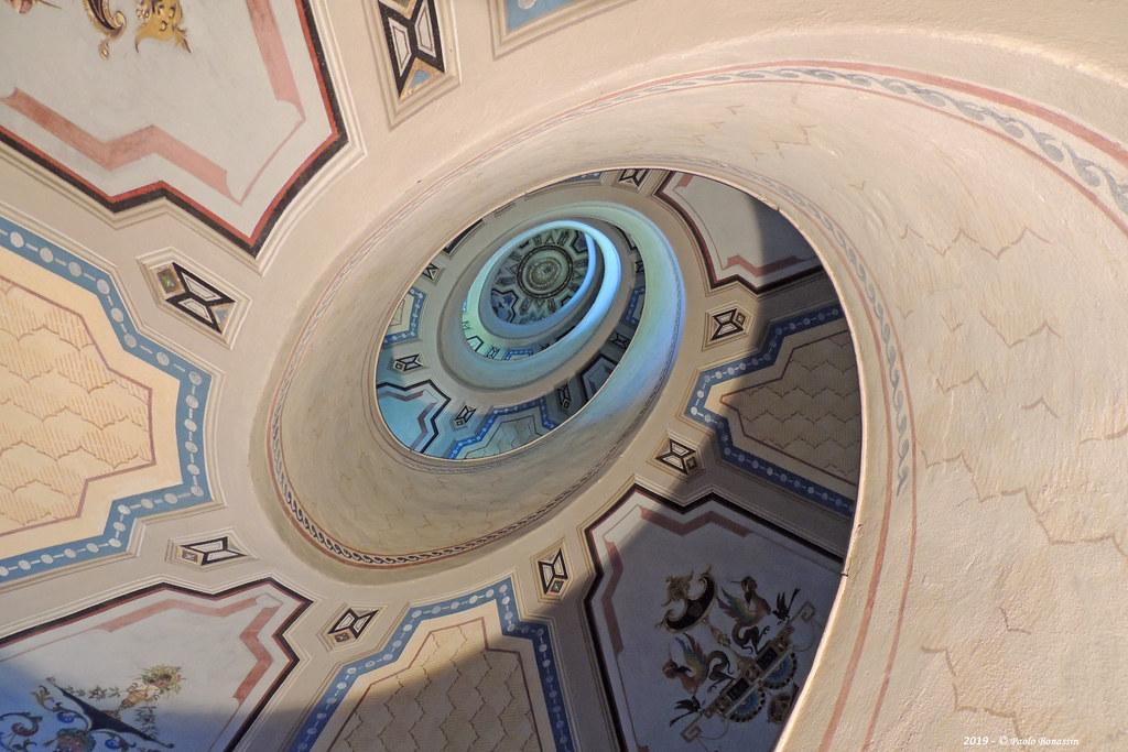 Vignola -Palazzo Barozzi (Palazzo Boncompagni) Scala a chiocciola