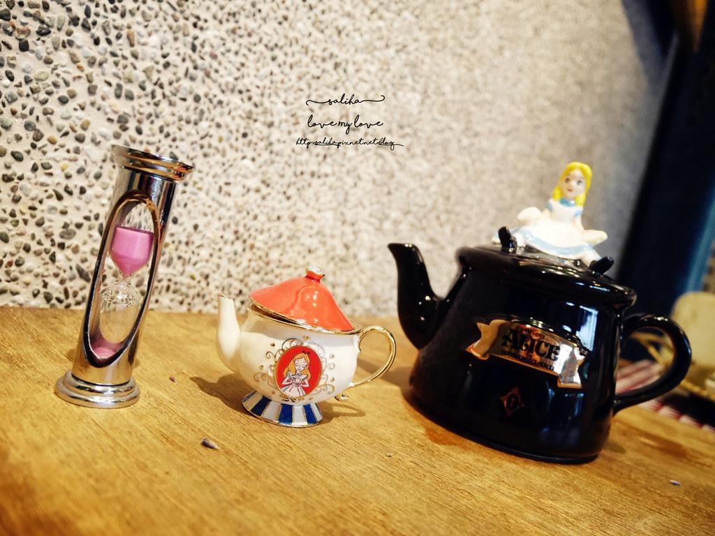 台中草悟道競子咖啡愛麗絲下午茶早午餐彩繪牆好拍ig景點餐廳 (6)