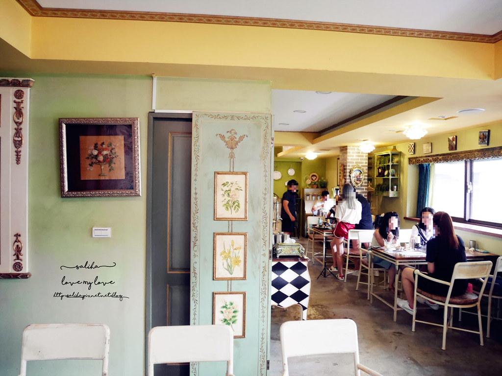 台中西區草悟道競子咖啡不限時間氣氛好浪漫愛麗絲夢幻餐廳 (3)