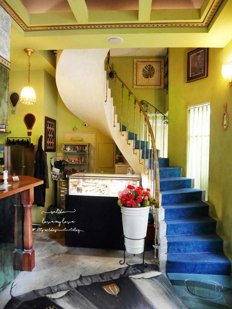 台中草悟道競子咖啡mirror cafe愛麗絲下午茶夢幻ig拍照景點餐廳推薦 (5)