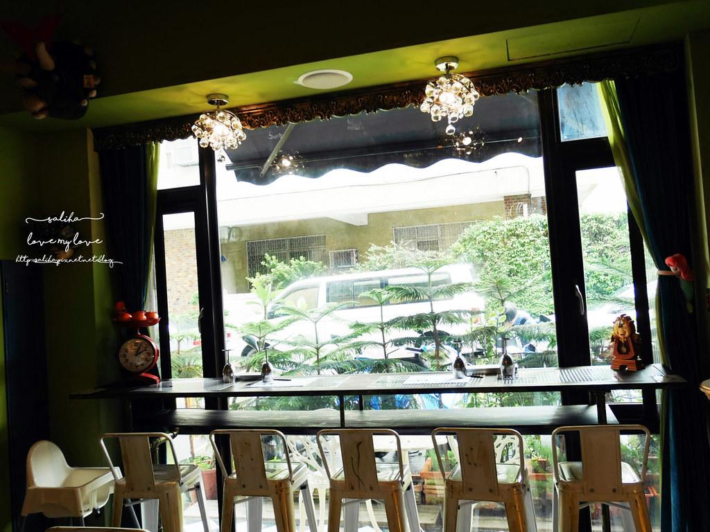 台中草悟道模範街愛麗絲下午茶競子咖啡ig必拍打卡餐廳推薦 (3)