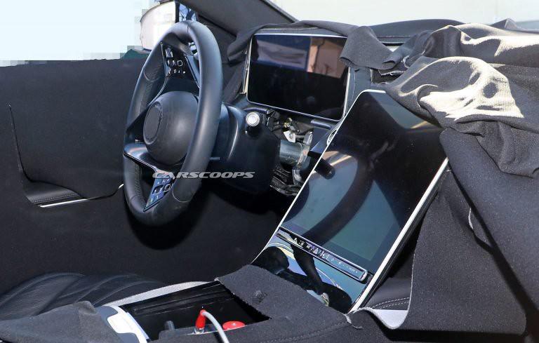 0784370a-e198ec0b-mercedes-s-class-interior-5-copy-768x489