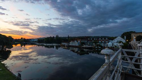 marlow sunrise earlymorning marlowbridge bridge clouds