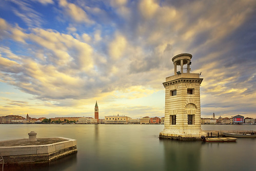 lighthouse beacon harbour venice canal sunrise clouds longexposure travel italy beautifulplaces