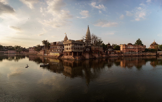 Manasi Ganga - Leica Elmarit-R 28mm - Panorama