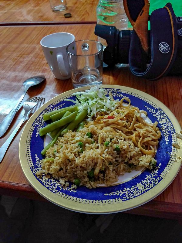 dîner chez Lhamu