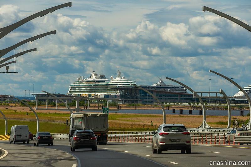 ЗСД, лайнеры, Санкт-Петербург