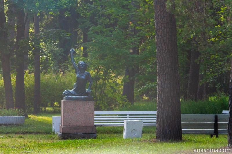 Памятник Раймонде Дьен, Зеленогорск