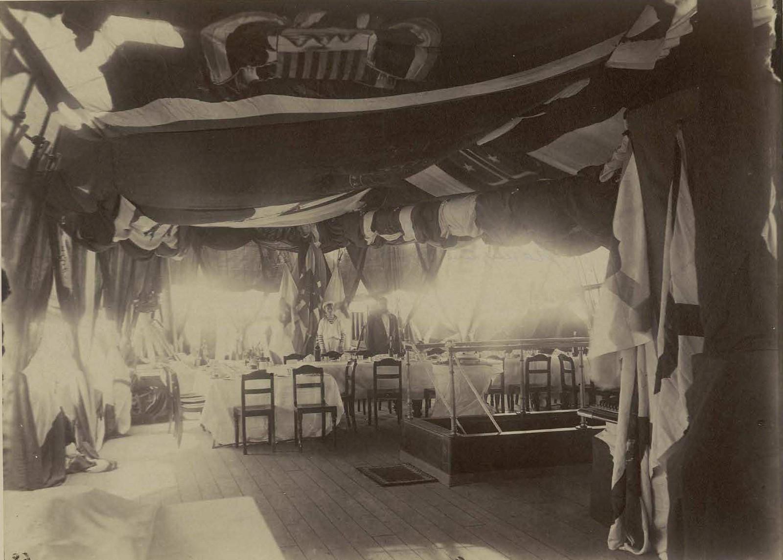 20. 1891. Владивосток. Прощальный обед на фрегате Память Азова