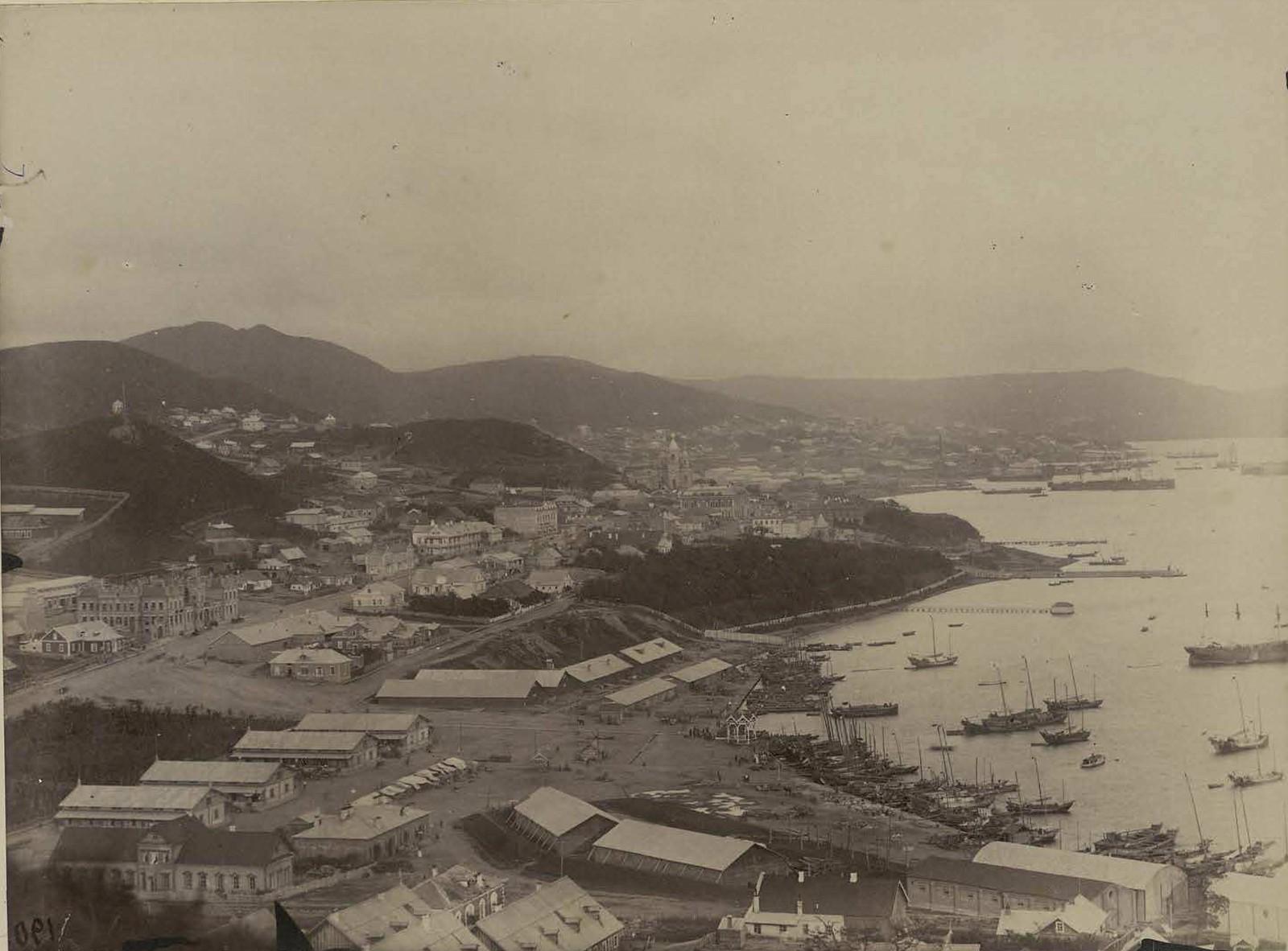18. 1891. Владивосток. Общий вид города