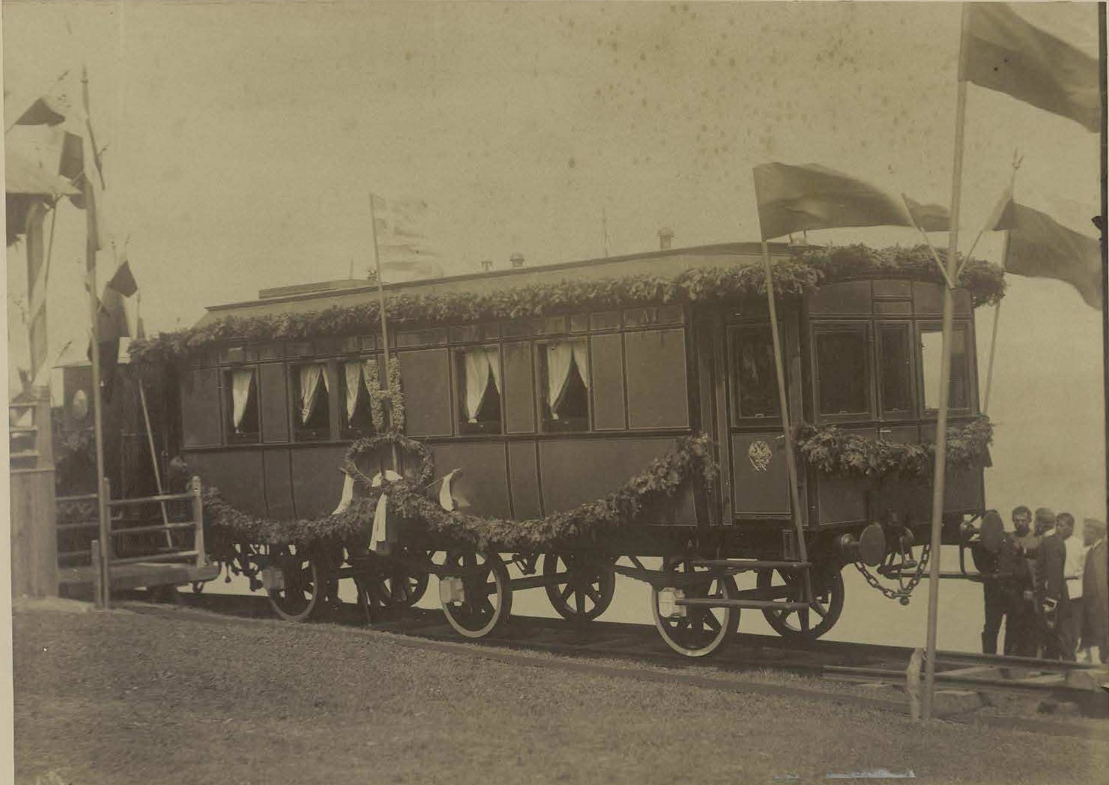 17. 1891. Владивосток. Первый вагон Великой Сибирской ж. д. в котором ехал цесаревич