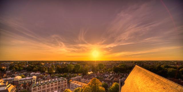 The sun leaving the city of Alkmaar.