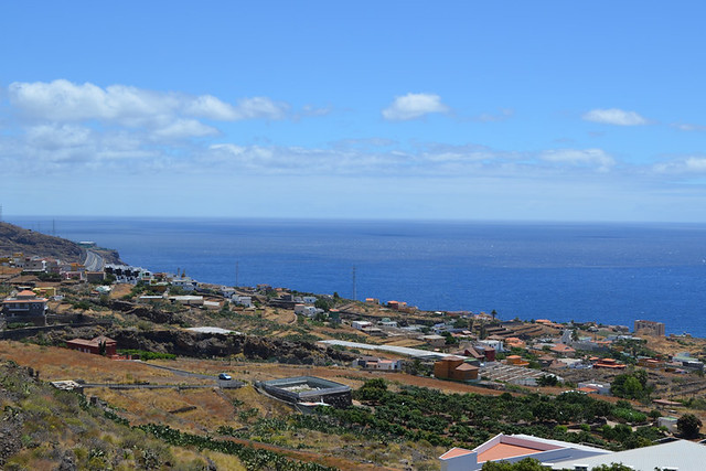 Above the TF1, Tenerife